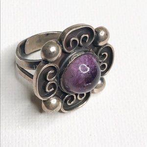 Cute Sterling Silver 925 Mexico Ring Flower Purple